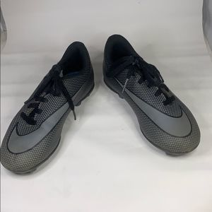 Nike Boys Gray and Black Cleats, size 12c
